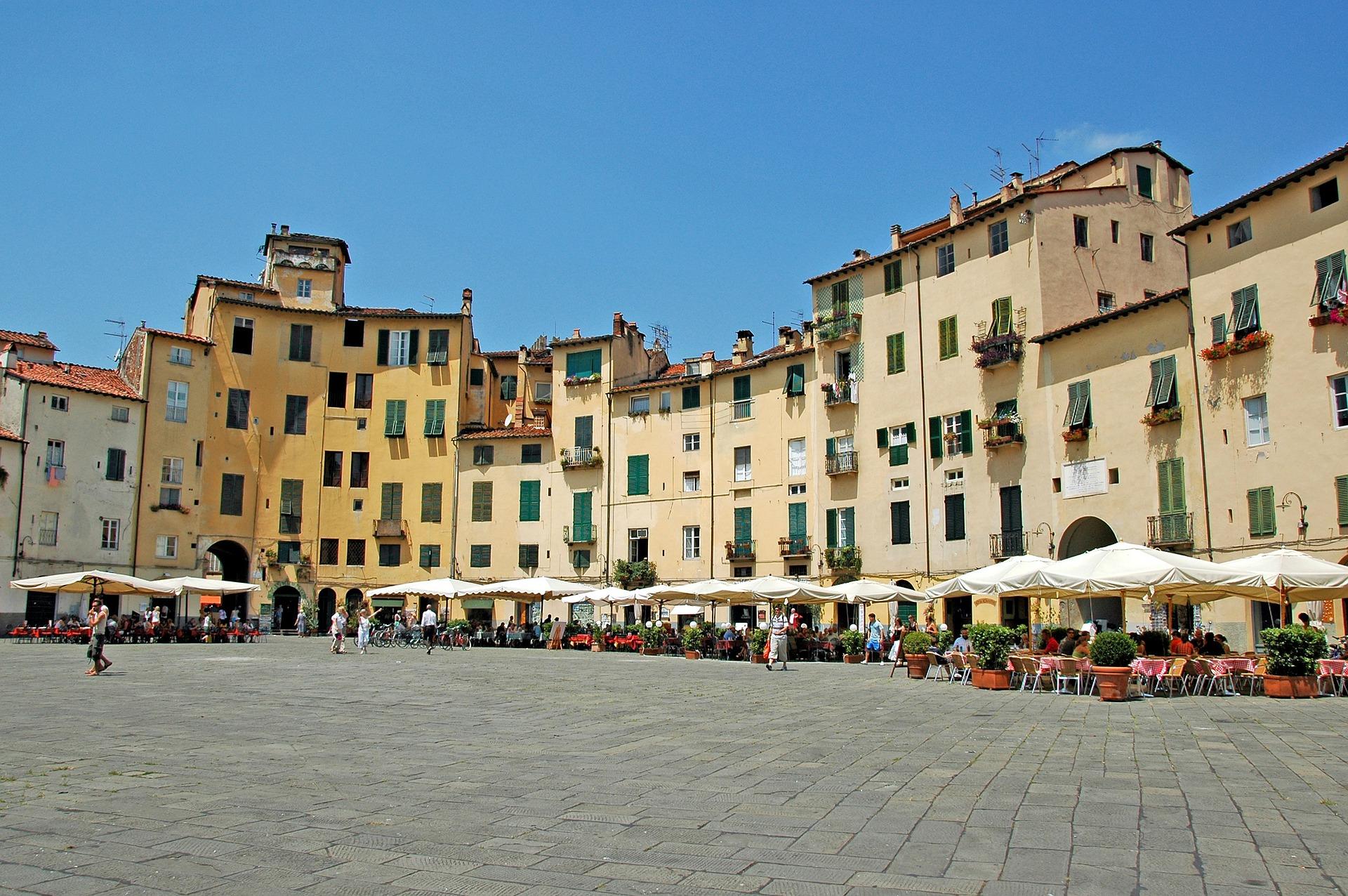 2. Lucca